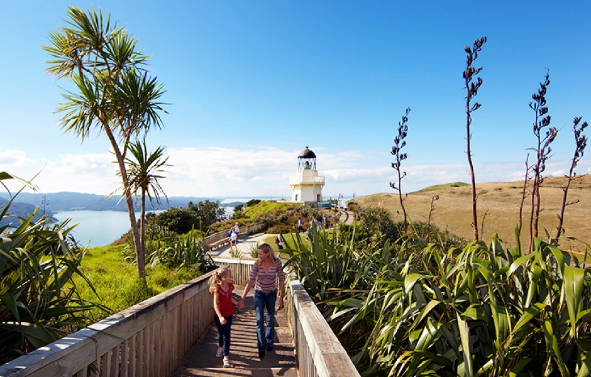 Awhitu Peninsula Manukau Heads Lighthouse and Castaways Oceanview Resort